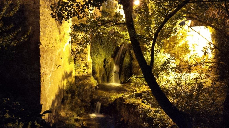 cascada-del-rio-a-su-1.jpg